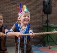 """Foto uit album: Serie 3 schoolfeest """"Cowboys en indianen"""""""