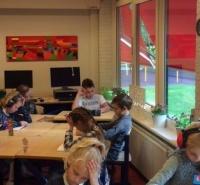 Foto uit album: Lekker lezen in groep 6